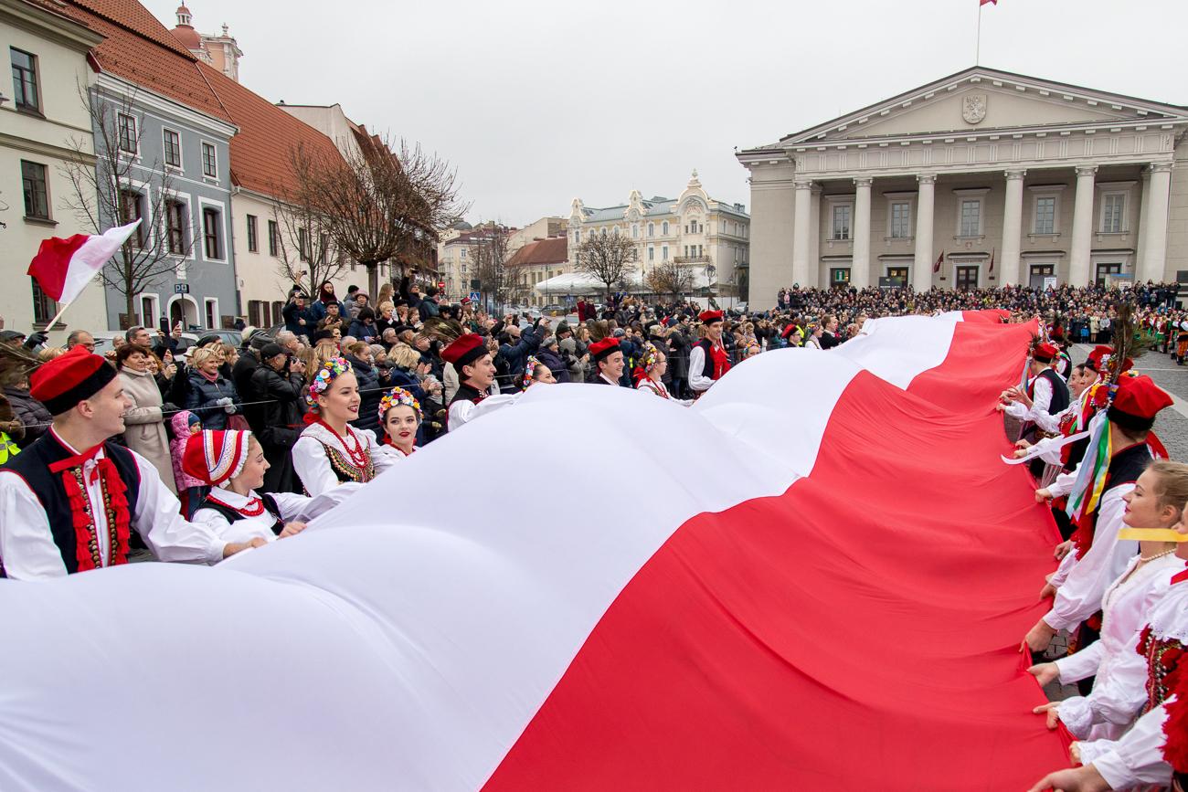 санатория стоят фото национальный праздник польши день конституции жириновский прекращает